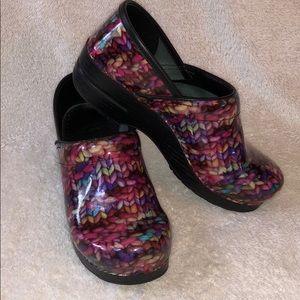 Dansko professional clogs - yarn pattern